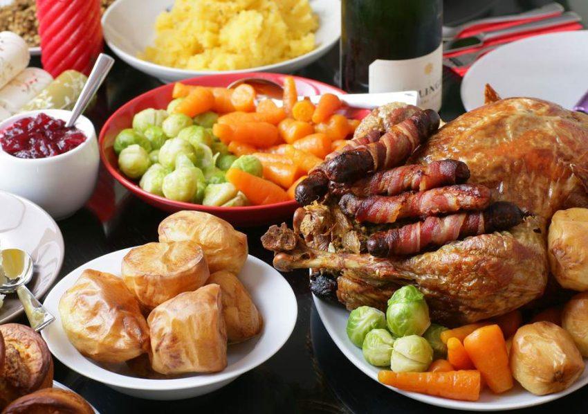 Christmas Dinner In A Can.Christmas Dinner A Festive Feast For Your Eyes Karen